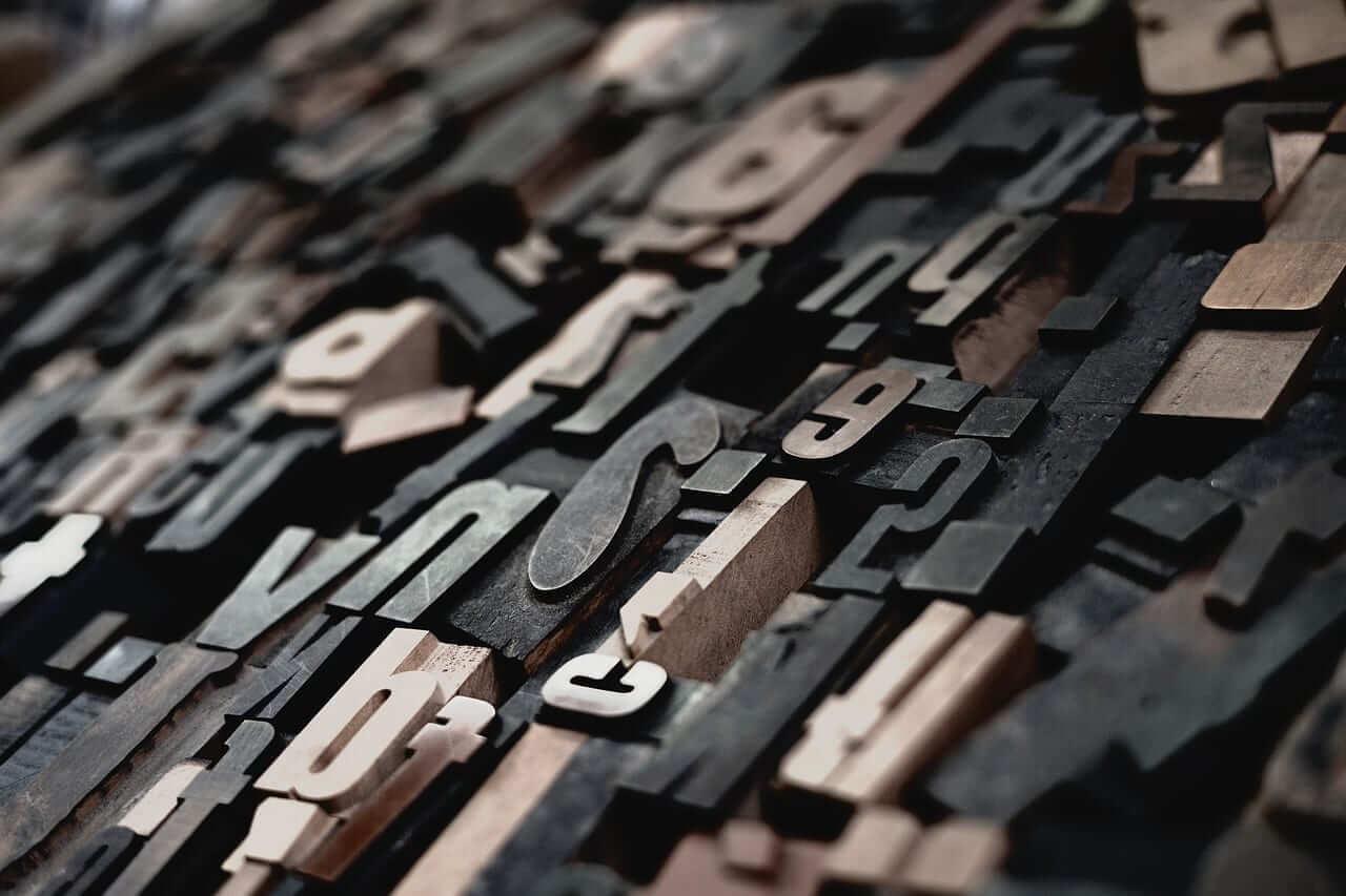 alphabets-1839737_1280